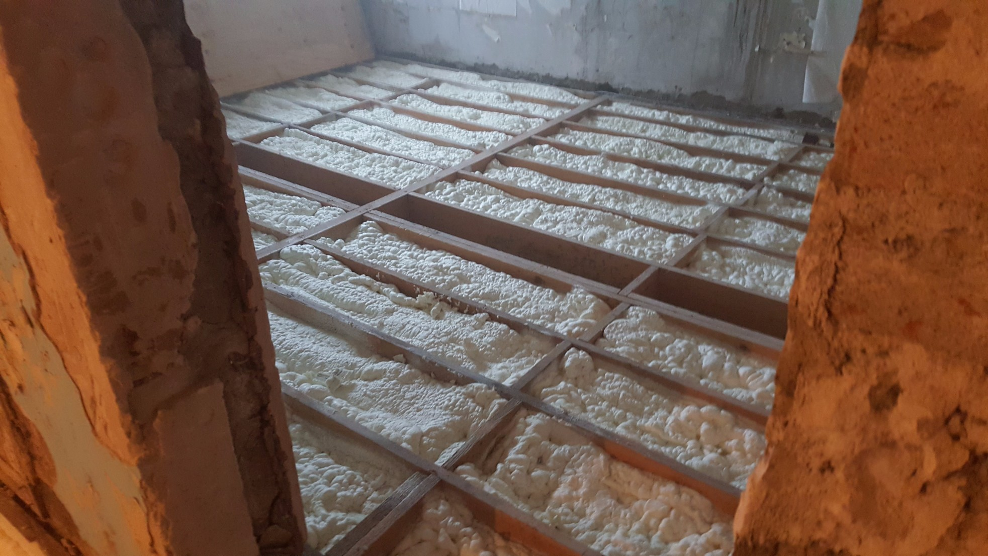 Floor insulation experts spray foam services for Concrete foam insulation